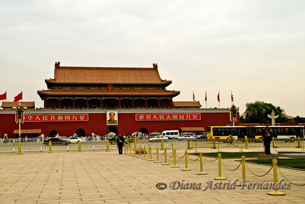 China-Entrance-to-Forbidden-City-Tiananmen-Square-Beijing