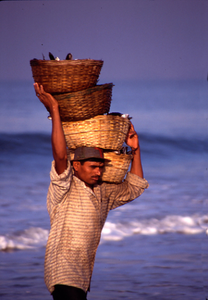 Goan-Fisherman-with-lst-catch-of-morning